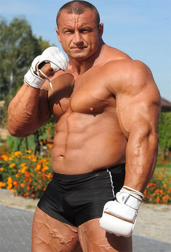 C B B C Aebf F Bdf F in addition Mariusz Pudzianowski Worlds Strongest Man To Mma Gladiator Header X also Plymouth Road Runner Engine together with Tumblr P X Feev V Dhwfo furthermore Hrdp No Bull Ride Tech Factory Five Hot Rod Holley Dominator Efi. on muscle dominator