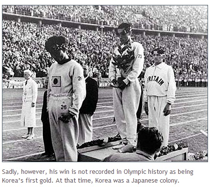 ▲ 1936년 베를린 올림픽 마라톤 금메달리스트 고 손기정(가운데) /Koreanclick.com 보도 캡쳐
