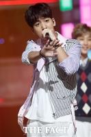 [TF포토] B1A4 바로, '래퍼 빙그레~'