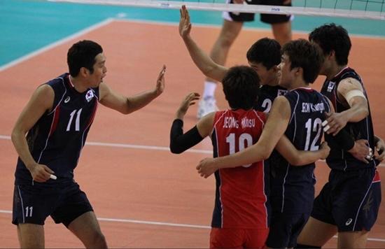 한국이 24일 카자흐스탄 알마티의 쇼락 스포츠센터에서 열린 제 4회 AVC컵 남자배구대회 결승에서 인도를 3-0으로 꺾고 정상에 올랐다. / 대한배구협회 홈페이지 캡처