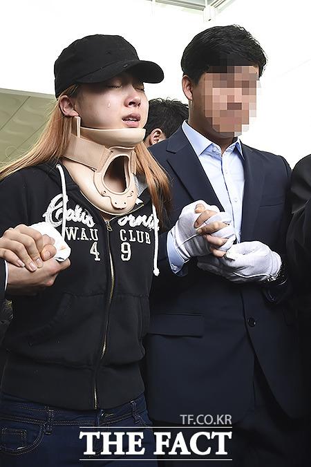 5일 오전 서울 성북구 고려대학교 안암병원 장례식장에서 레이디스코드 은비의 발인이 엄수되고 있는 가운데 주니가 눈물을 흘리고 있다./최진석 기자