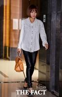 [TF포토] 브아걸 나르샤, '가죽바지로 멋 낸 강렬한 하객 패션'