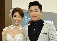 [TF영상] 이윤지 결혼, 오빠 박현빈 손잡고 온 '가을의 신부'