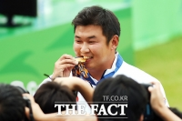 [TF포토] 오진혁, '금메달이 확실합니다'