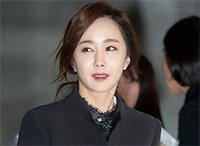 [TF영상] '2015 S/S SFW' 김윤서-김민서, '각선미로 완성한 포토타임'