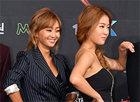 [TF영상] '노머시' 씨스타 소유-효린, 후배를 향한 애정 '듬뿍'