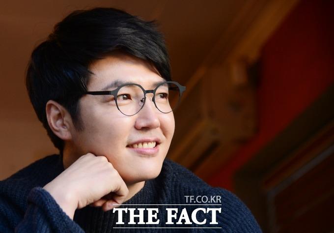 배우 윤상현은 피앙세 메이비가 영화를 재미있게 봤다는 말이 큰 위안이 됐다며 미소짓는다./이새롬 기자