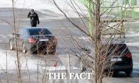 [TF포토] 개성으로 향하는 박지원 의원의 차량