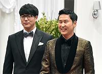 [TF영상] 'KBS 연예대상' 유재석-신동엽-강호동, 'MC계 3총사가 모였다!'