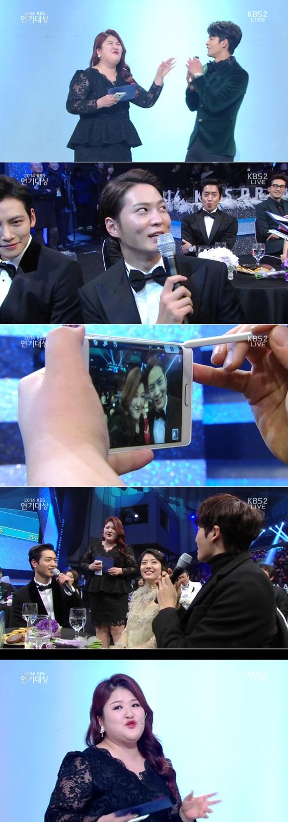 개그우먼 이국주가 2014 KBS 연기대상에 깜짝 출연해 2부 무대를 유쾌하게 꾸몄다./KBS 방송캡처