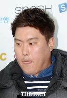 [TF포토] '코리안 몬스터' 류현진, '너무 긴장했나~'