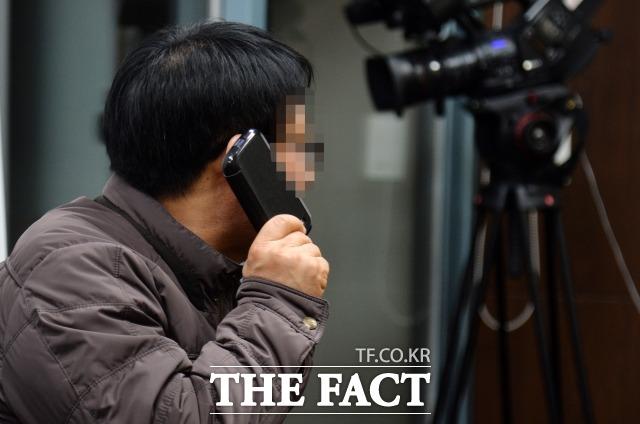 최 씨와 나눈 문자 그대로 저장. 본인 동의하면 모두 공개 김현중의 부친이 최 씨가 폭로한 특정 병원 진료에 대한 진실을 <더팩트>와 인터뷰에서 밝히고 있다. /문병희 기자