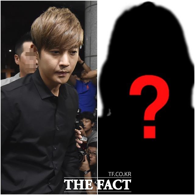 아이 확인, 특정 병원, 언론 플레이  김현중과 전 여자 친구 최 씨가 막장 스토리의 중심에 섰다. /최진석 기자