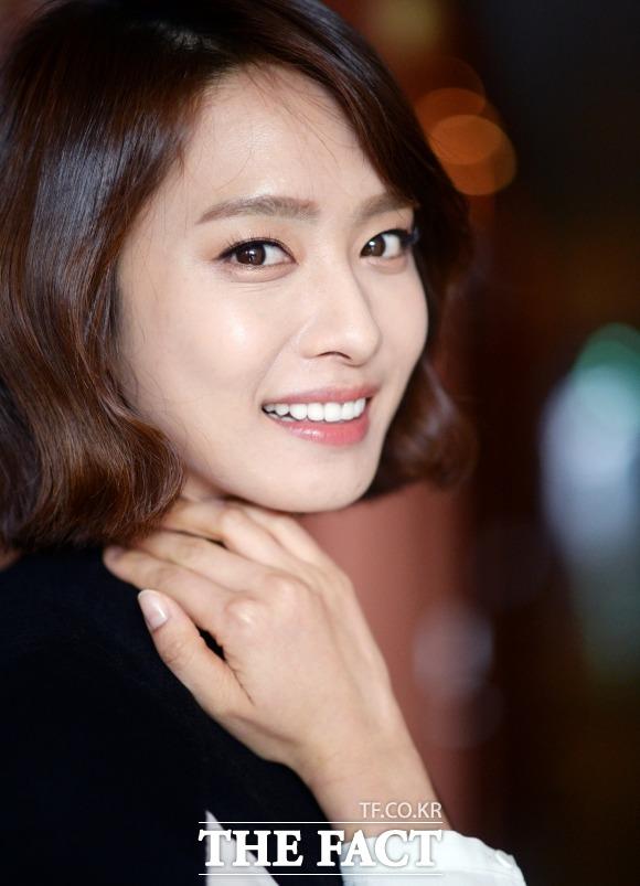 열애 맞습니다 배우 박정아가 두 살 연하의 프로골퍼 전상우와 열애를 인정했다. / 이효균 기자