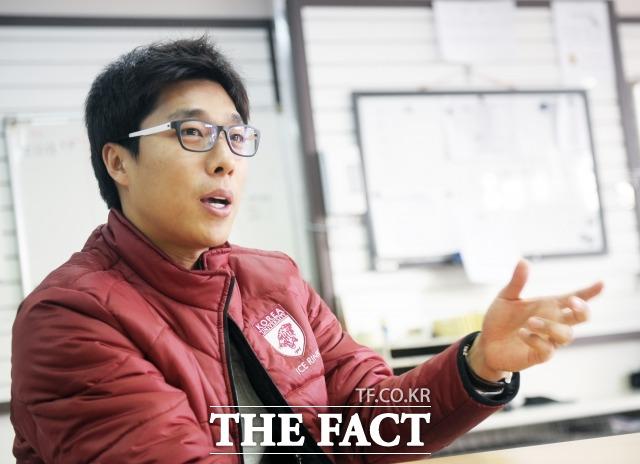 """김동성: 김동성, 이혼소송 철회 """"팬 여러분들께 죄송"""""""