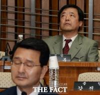 [TF포토] 허공만 바라보는 박종철 열사의 형 박종부씨