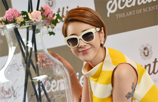 [TF영상] '센틀리에' 서인영, '통일된 패션 센스란 이런 거죠'