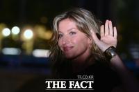[TF사진관] '첫 방한' 지젤 번천, '베일 벗은 톱모델의 미모'