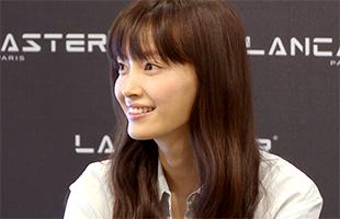 [TF영상] '랑카스터' 이나영, '블루톤 스타일링에 미소는 포인트!'