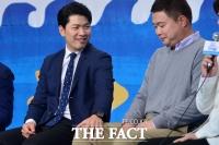 [TF포토] '첫 예능' 김상경, '현주엽에 긴장할 필요 없어~'