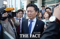 [TF포토] 정청래 최고위원, '당 윤리심판원 입장 발표'