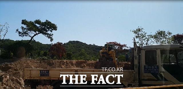 장 상무는 지난 4월 30일 구청으로부터 건축허가를 받은 이후 지난달 11일 착공신고 절차를 마무리하고 신축공사를 시작했다.  / 더팩트 DB