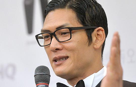 [TF영상] '미모의 승무원과 결혼!' 박준형,