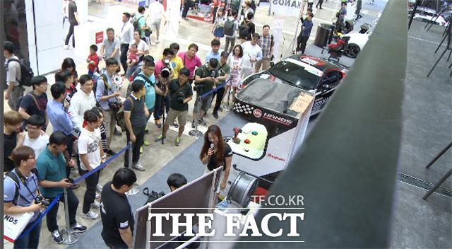 국내 최대 자동차 튜닝 전시회 2015 서울오토살롱이 7월 9일을 시작으로 서울 강남구 삼성동 코엑스에서 4일간 진행한다./해당 영상 갈무리
