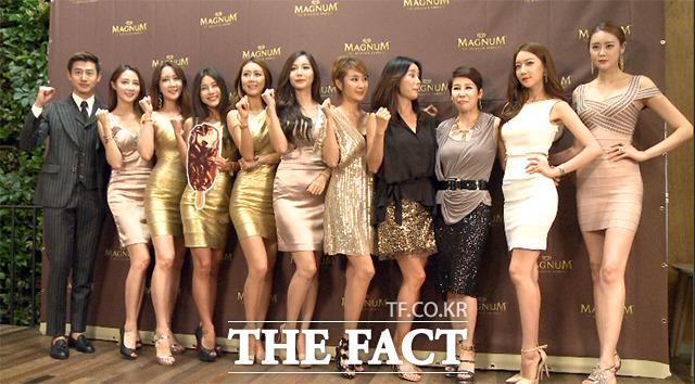 18일 오후 서울 강남구 카페 알베르에서 열린 매그넘 론칭 2파 파티에는 많은 레이싱모델과 슈퍼모델이 참석했다./해당 영상 갈무리