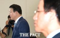 [TF클릭] 해킹의혹 관련 국정원 직원 자살 사건 현안 보고 하는 강신명 경찰청장