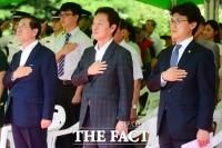 [TF포토] '70년 동안의 비행'에 모인 박원순 시장과 정두언-진성준 의원