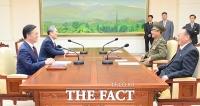 [TF포토] 밝은 웃음의 남북 고위급 접촉 회담