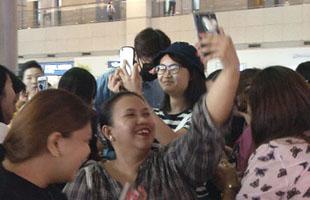 [TF영상] 이광수 귀국, 팬들에게 둘러싸인 '아시아 프린스!'