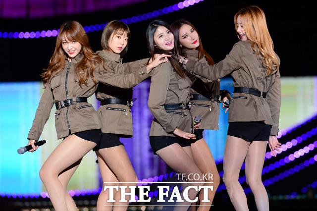 걸그룹 EXID가 9일 오후 서울 마포구 성산동 서울월드컵경기장에서 열린 원 케이 콘서트에서 무대를 펼치고 있다./남윤호 기자