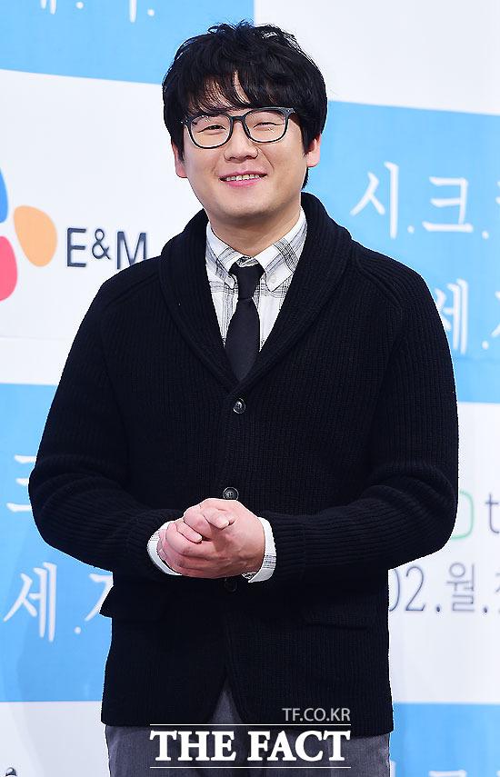 배우 김강현이 28일 오후 서울 강남구 임피리얼팰리스호텔에서 열린 웹드라마 시크릿 메세지 제작발표회에서 포토타임을 갖고 있다./배정한 기자