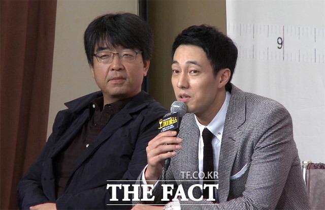 배우 소지섭(오른쪽)이 11일 오후 서울 영등포구 타임스퀘어 아모리스홀에서 열린 KBS2 월화드라마 오 마이 비너스 제작 발표회에 참석해 질문에 답하고 있다./해당 영상 갈무리