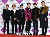 [TF포토] 2PM, '원조(?) 아이돌의 여유'