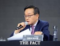 [TF포토] 질문에 답하는 김창식 기아차 국내영업본부장