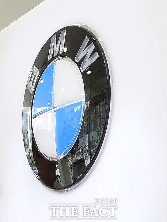 BMW와 미쓰비시, 볼보, 스카니아가 제작한 승용차 및 화물차 등에서 제작결함이 발견돼 18일 리콜에 들어간다고 국토교통부가 밝혔다. /더팩트DB