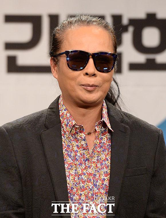 첫 라디오 진행을 맡은 부활의 김태원