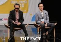 [TF사진관] '지친(?) DJ' 김태원-이윤석,