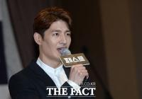 [TF포토] '페스트' 손호영, '꽃 미소 대신 진지남'…뮤지컬 주연 등극
