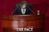 [TF사진관] 김동철 의원, '언쟁은 유감… 대정부 질문중 발언권 존중돼야해'