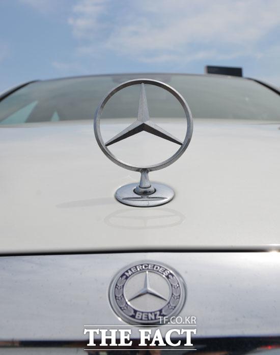 한국수입자동차협회가 5일 공개한 8월 수입차 등록 통계에 따르면 메르세데스-벤츠의 7월 판매량은 4184대로 수입차 브랜드 가운데 가장 많은 판매량을 기록했다. /더팩트 DB
