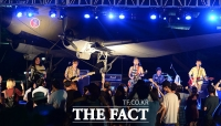 [TF포토] 크라잉넛…'우리 모두 8월 18일 기념해요!'