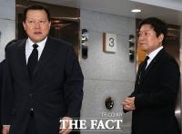[TF포토] 고 이인원 빈소 찾은 '실세' 황각규-소진세