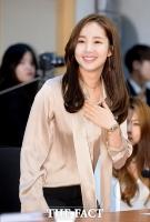 [TF포토] 박민영, '눈이 부셔라~'…시선 사로잡는 여신 미모