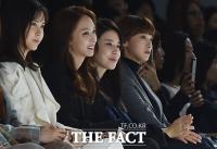 [TF포토] 패션쇼에 빠진 여우들...'초롱초롱 눈망울'