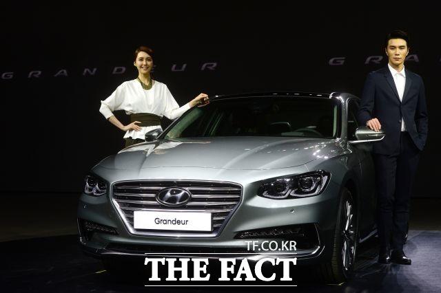 현대자동차가 5년 만에 출시한 6세대 신형 그랜저가 국내 준대형 시장을 선도할 지 업계 안팎의 관심이 쏠리고 있다. /더팩트 DB