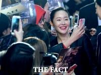 [TF포토] 엄지원, '미모 만점 셀카의 여왕'